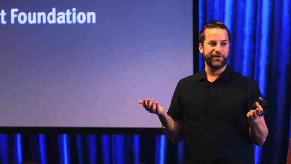 Wesley Grubbs: Storytelling through Data