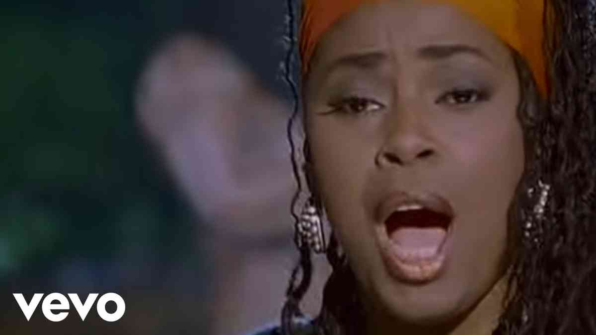 Soul II Soul - Back To Life (However Do You Want Me) (Official Music Video)