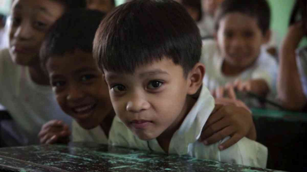 Think of a Philippines in which children love to read…