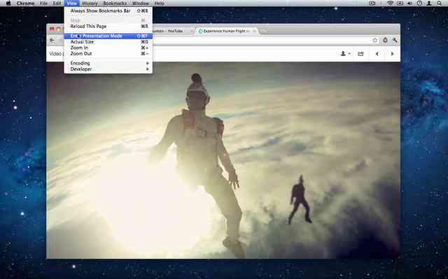 Fullscreen video playlists