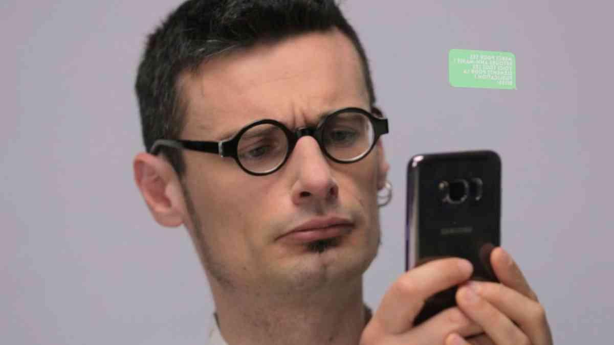 Kontrolliert das Smartphone unser Denken? - Der Durchblick   ARTE