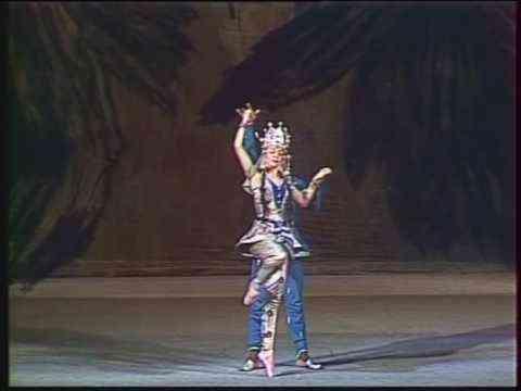 Casse-Noisette, Op.71 (Nutcracker) - Danse Arabe (Bolchoï / Bolshoi) - Tchaikovski