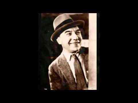 """Georges Milton """" papa vient d'épouser la bonne """" 1935 - YouTube"""