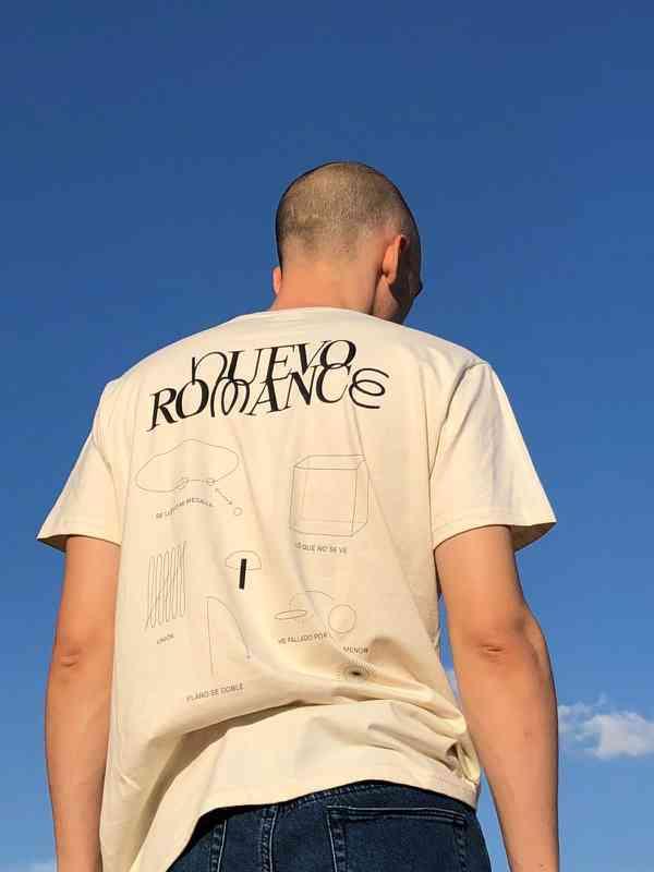 Nuevo Romance T-Shirt
