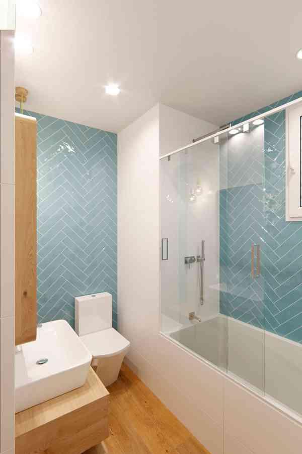 Piso nórdico y acogedor - Scandinavian - Bathroom - Barcelona - by Cláudia de Sousa - Interior De…