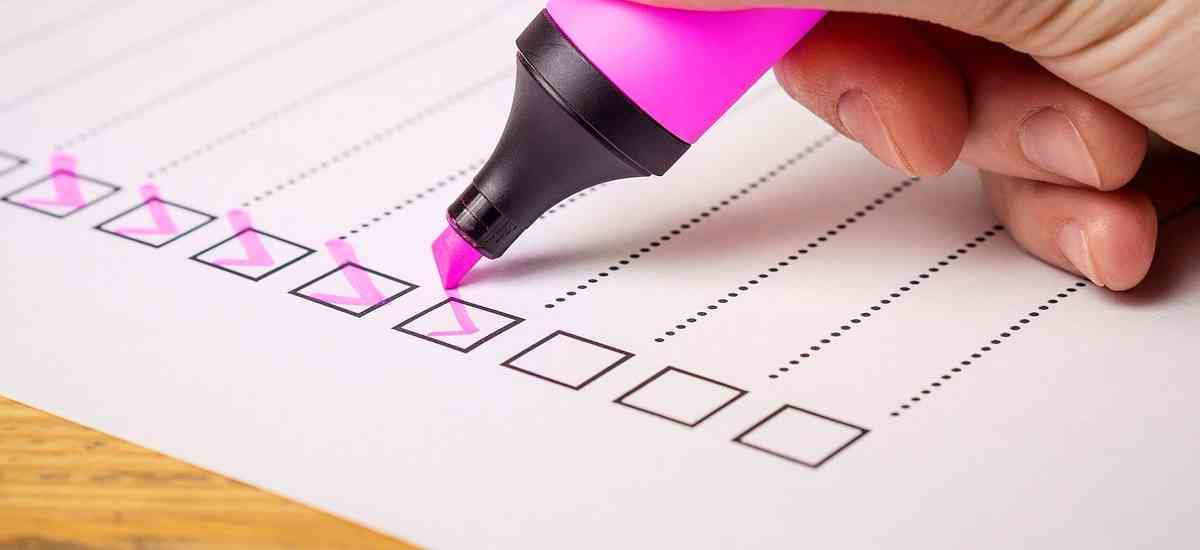 Using Twitter Polls to Boost Social Engagement