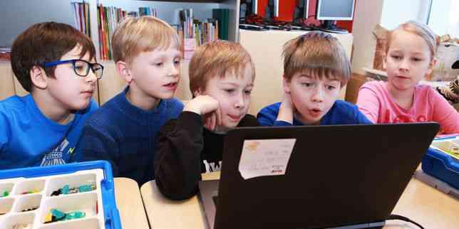 A l'école connectée Pelgulinna, en Estonie
