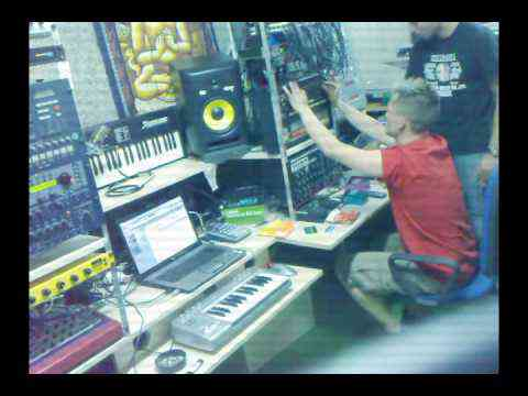 TB-303 & TR-808 & Syntecno Acid Techno Trance