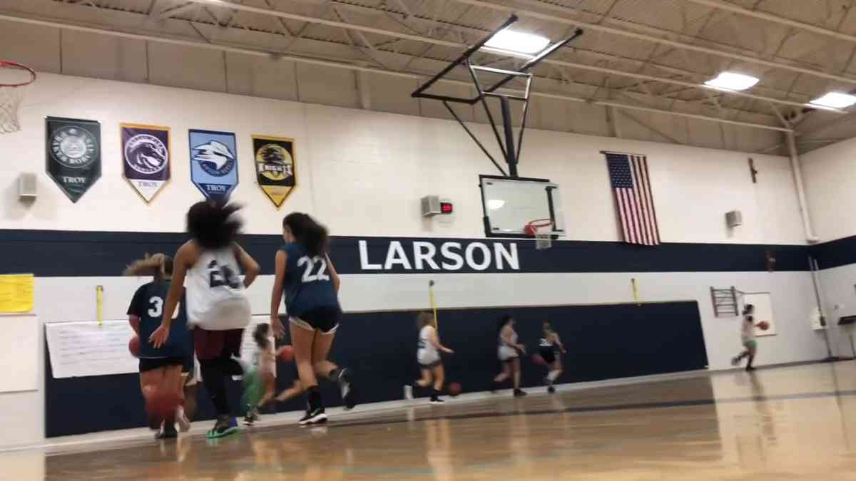 Larson Middle School Girls Basketball Microdocumentary