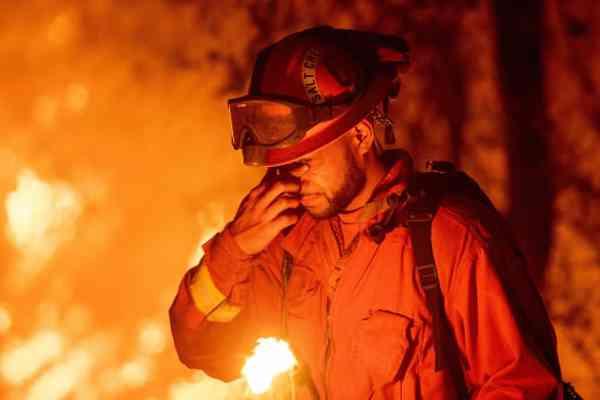News: California is paying inmates $1 an hour to fight wildfires