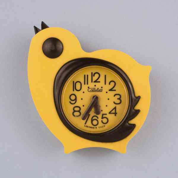 Alarm clock in the shape of a baby bird