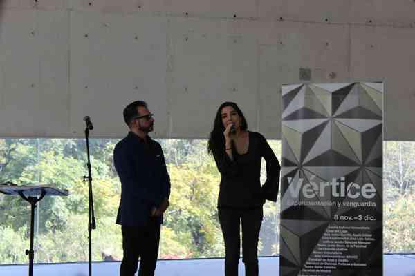 Roberto Frías y Cinthya García Leyva. Inauguración Vértice Ute PoéticaSonoraMx 3