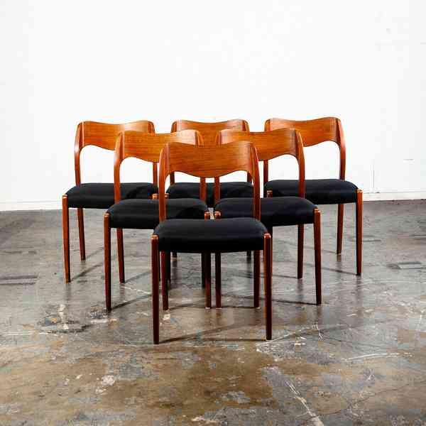 Niels Otto Møller #71 dining chairs