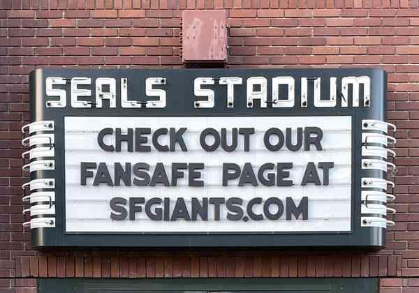 Seals Stadium neon sign | classic gaspipe neon | Stephen Coles | Flickr