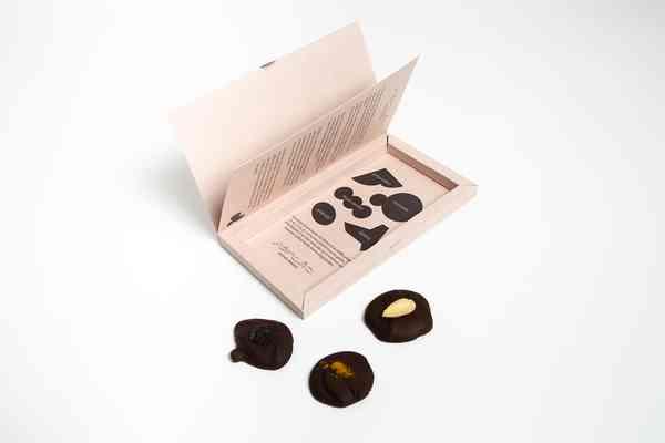 Playful Chocolate Packaging Fölsåt