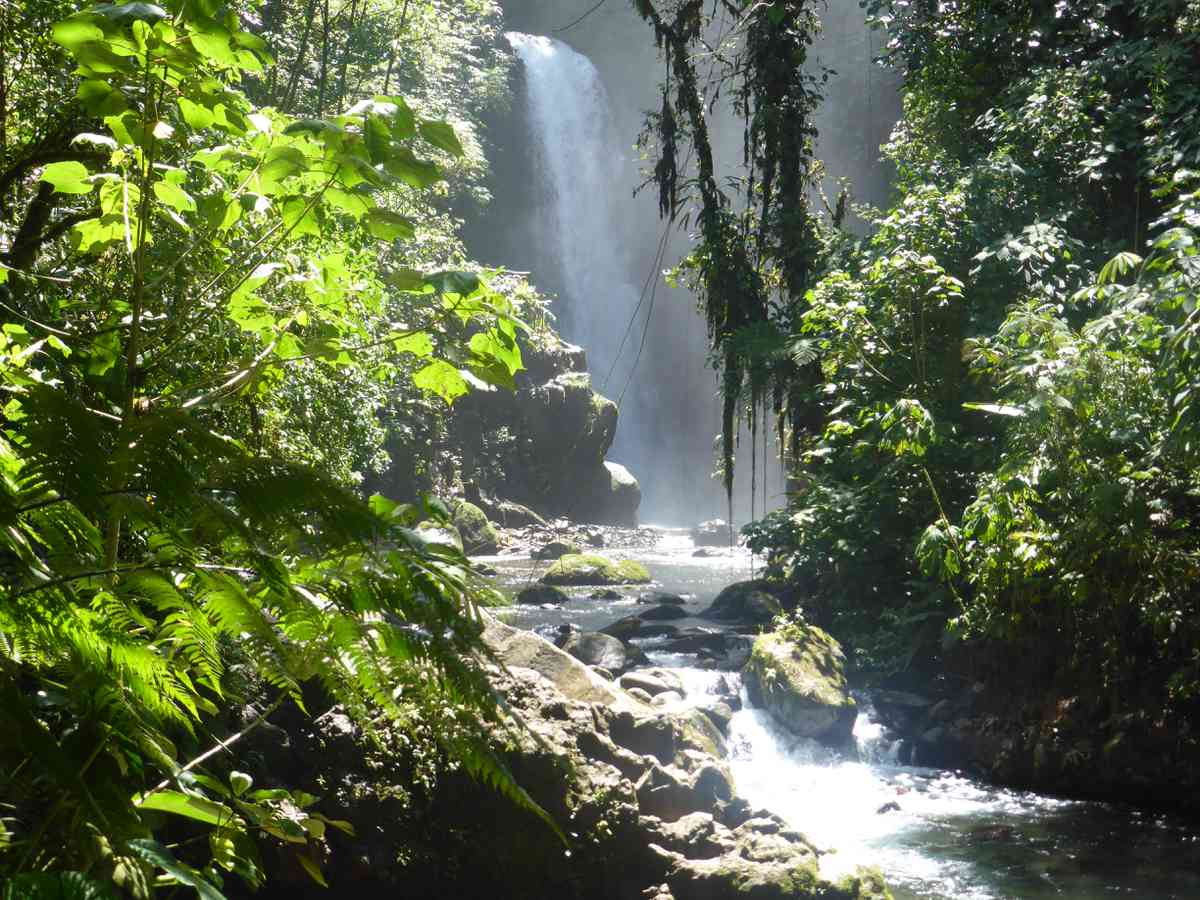 05. La Paz Waterfall Gardens