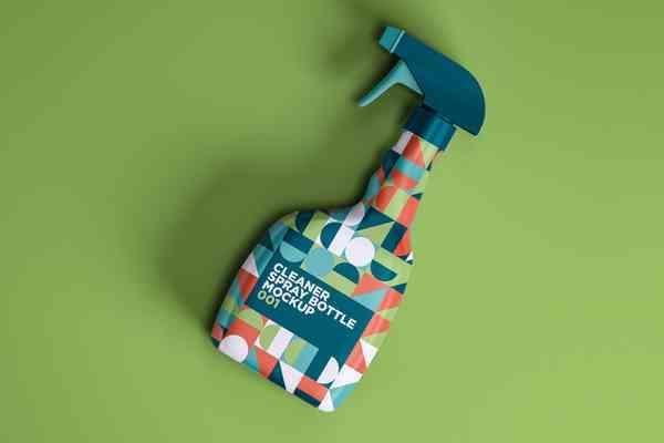$ Cleaner Spray Bottle Mockup 001