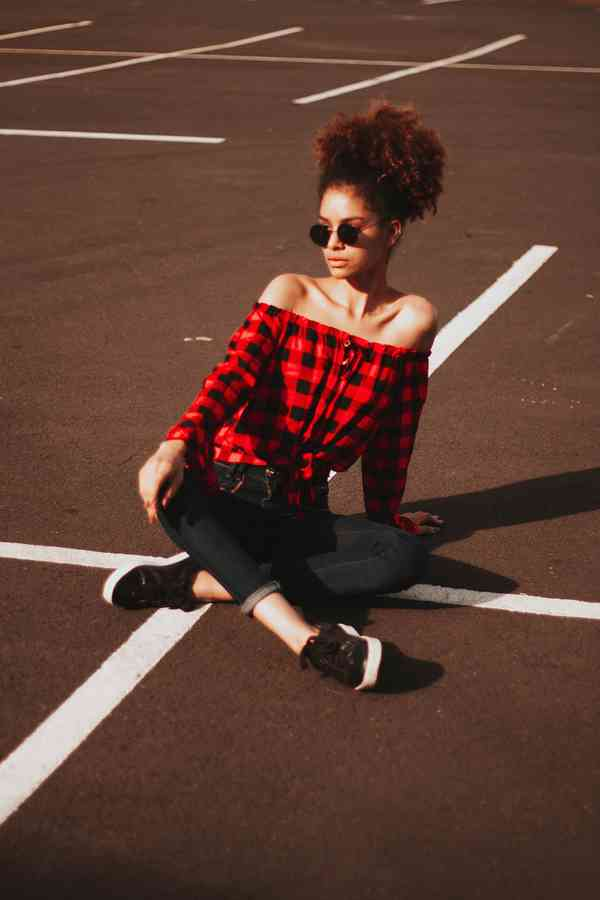 Red passion | 100+ best free red, woman, female, and model photos on Unsplash