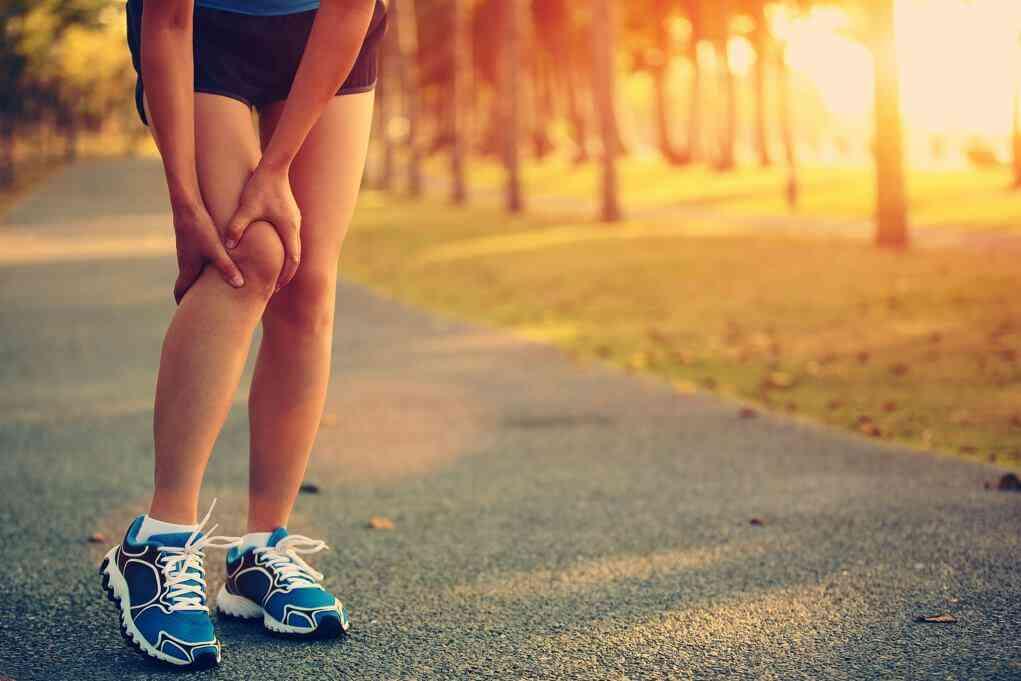 Løberknæ | Runner's knee | Ondt og smerter i knæ efter løb | Knæøvelser | Udstrækning | Ge…