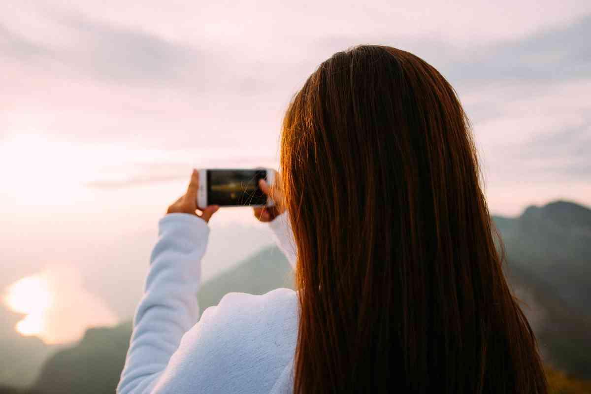 How the Instagram Feed Works: Inside the Instagram Algorithm